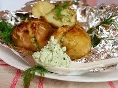 Картошка с сыром в фольге