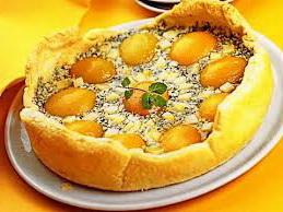 Персиковый флан с сыром
